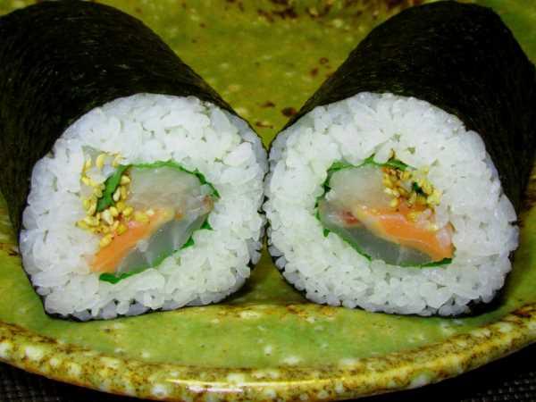 巻き寿司半分
