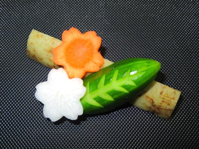 胡瓜,飾り切り,木の葉,桜,人参,大根,ごぼう