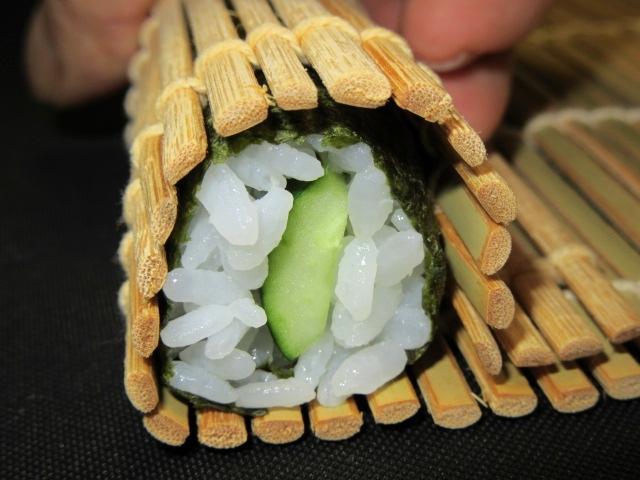 細巻き,寿司,すし,かっぱ巻き