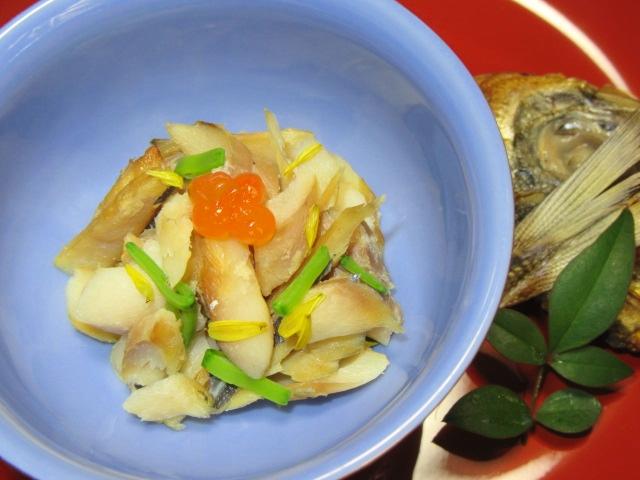焼きあじの土佐和え,酢の物,魚の干物で和え物を作る方法