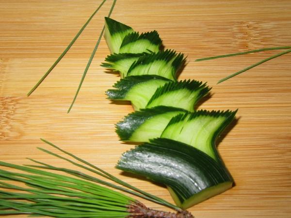 松胡瓜の飾り切りとコツ,まつきゅうりの切り方手順