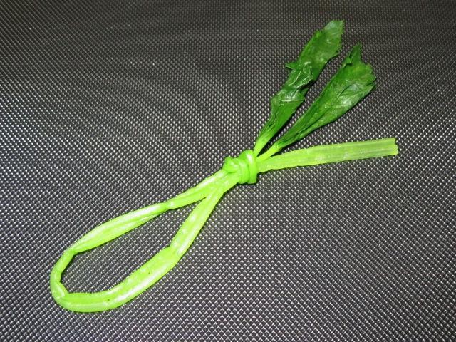 煮物や吸い物に使える三つ葉のあしらい,結びみつばの作り方手順,飾り切り番外編