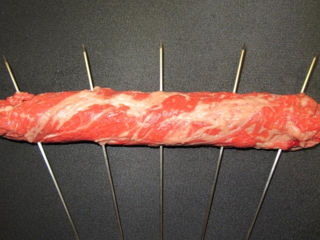 牛肉の八幡巻きの串打ち方法,平串,扇串