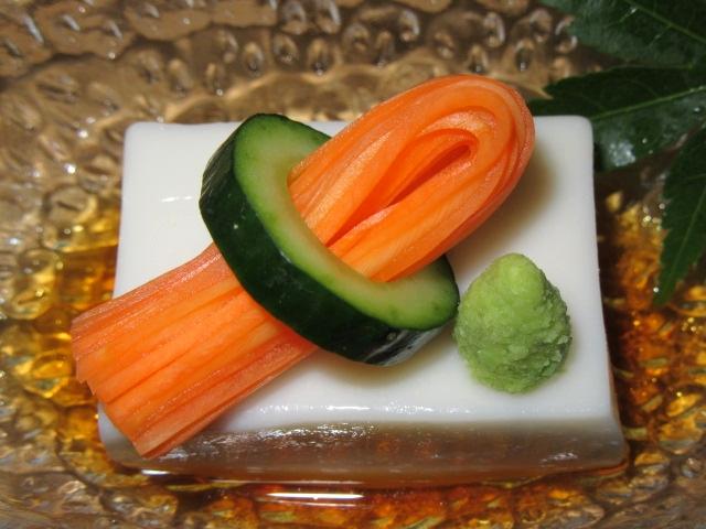 ごま豆腐,きゅうり,人参,飾り切り,盛りつけimg_5374