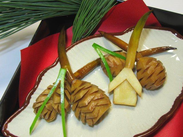松笠慈姑,まつかさくわいと絵馬の飾り切り,煮物の献立