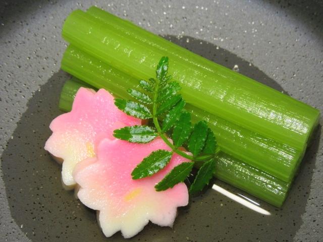 ふきの青煮,春の献立,蕗と桜ふの煮物