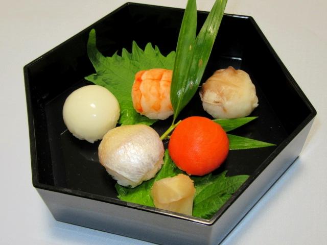 しの盛り合わせ,手まり寿司五種