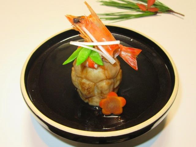 亀甲里芋と松竹梅,正月や祝い膳の飾り切り