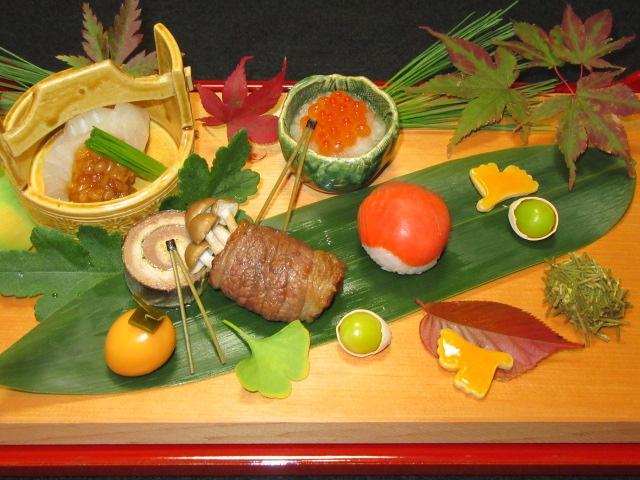 秋の前菜,八寸10種盛り