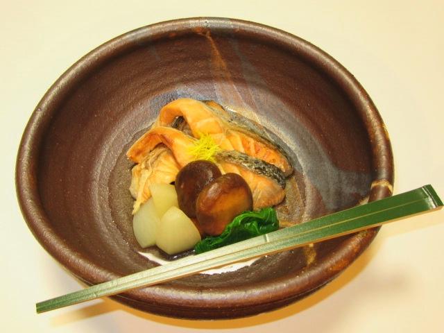 鮭とかぶのたき合わせ,秋の茶懐石料理,預け鉢の献立