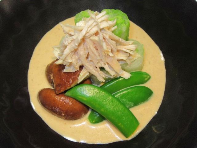 蒸し鶏とゆで野菜のごまだれ,冬の献立