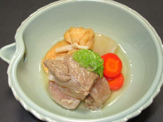 牛すじ肉と大根のたき合わせ,金時人参,信田茶巾