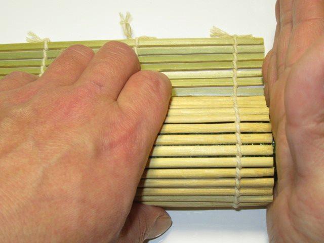 巻き寿司の作り方手順,三色の三つ巴寿司