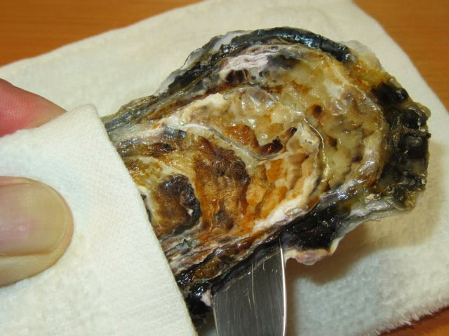 かきのからむき方法とコツ,牡蠣の貝柱を外して殻を開ける手順
