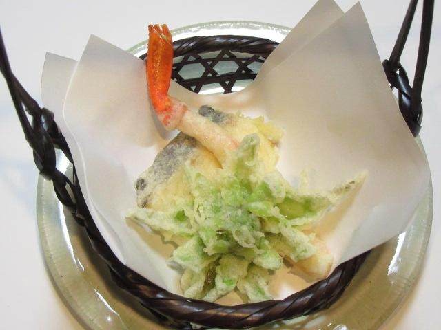 たら,かに,ふきのとうの天ぷら盛り合わせ