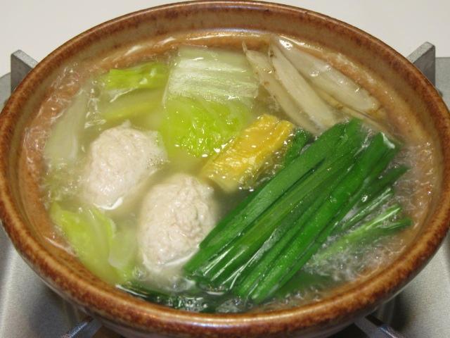 鶏がらスープのつくね鍋,冬の鍋物の献立