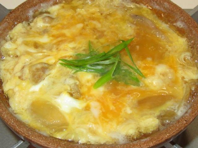 鶏肉と卵の親子鍋仕立て
