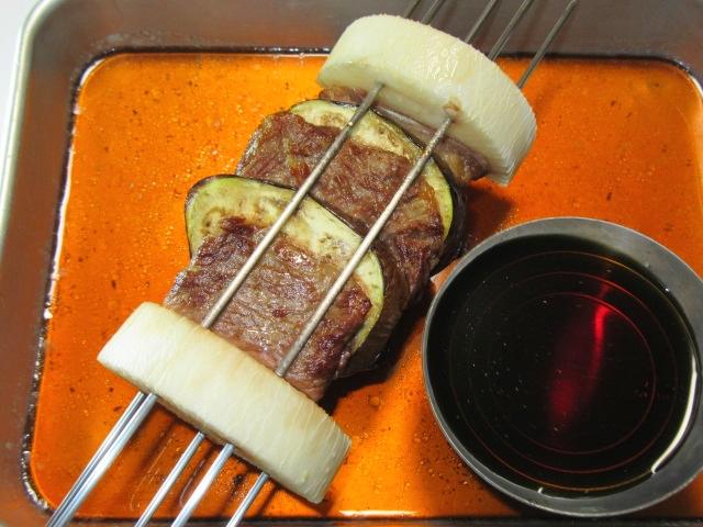 牛肉となすの挟み焼きの作り方,焼きだれをかける工程