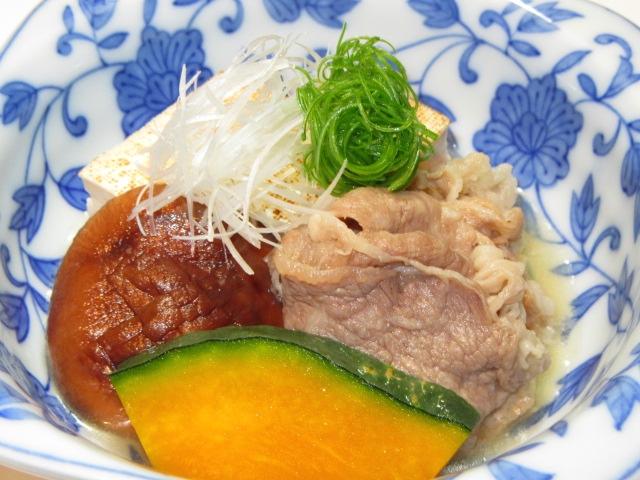 牛肉と焼き豆腐の煮物の作り方と盛りつけ,たき合わせの献立