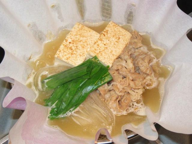 牛肉と焼き豆腐の紙鍋,小鍋仕立ての献立
