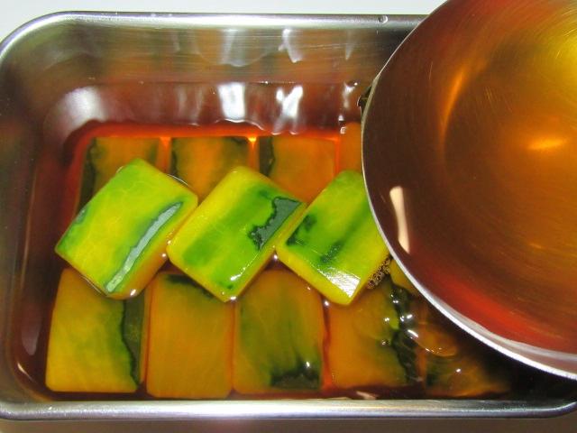 かぼちゃの煮物の作り方と下処理方法,色紙南瓜の味つけ工程