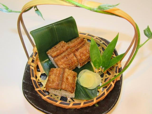 焼き鱧の棒寿司の作り方と盛りつけ,生姜の甘酢漬け