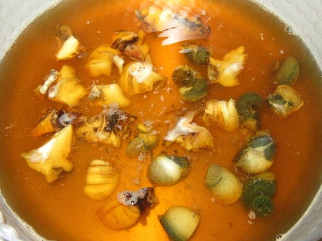 さざえの壺焼きの作り方,身と肝を煮る工程,春の焼き物の献立