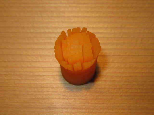 菊花大根に使用する人参の芯